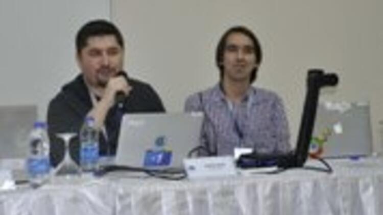 Uşak'ta bilişim konferanslarına büyük ilgi