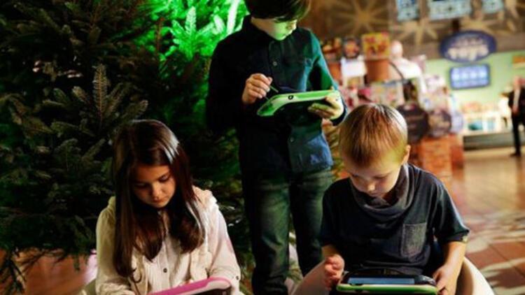 'iPad küçük çocuklarda gelişimi engelleyebilir'