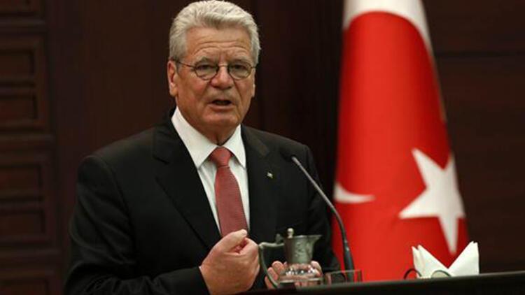 Almanya Cumhurbaşkanı Gauck, Başbakan Erdoğan'a cevap verdi