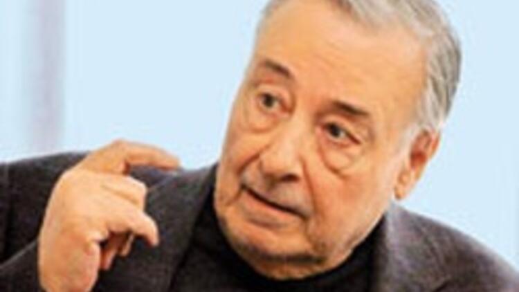 Gazeteci Yılmaz Öztuna vefat etti