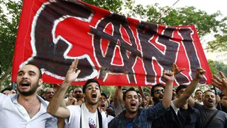 Beşiktaş Divan toplantısında Gezi tartışması