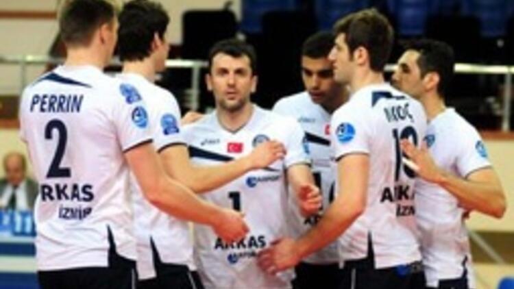 2012-13 şampiyonu Arkas