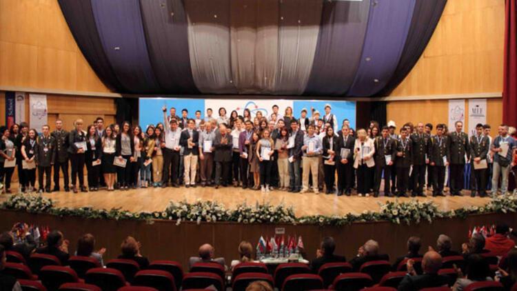 Genç mucitler İstanbul'da yarıştı