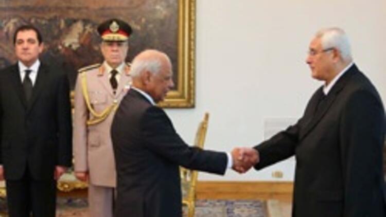 Mısır'da geçici hükümet kuruldu