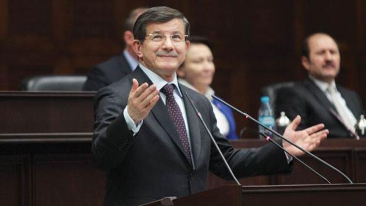 Başbakan Davutoğlu: Meydan okuyan dokunsun bakalım