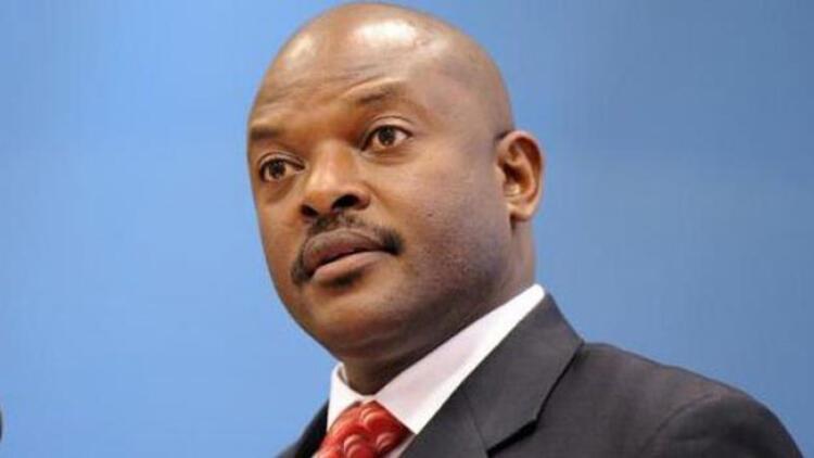 Burundi Devlet Başkanı Pierre Nkurunziza ülkesine dönemedi