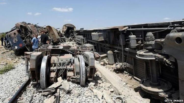 Tunus'ta tren faciası: 18 ölü, 98 yaralı