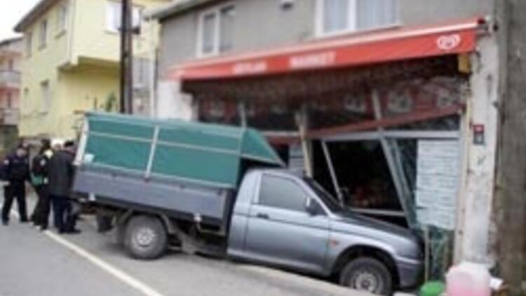 Kaza yapan sürücü: 'Herkesin ehliyeti mi var'