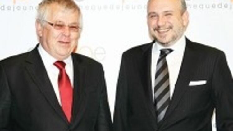 Cheque Dejeuner Multinet'i 90 milyon dolara satın aldı