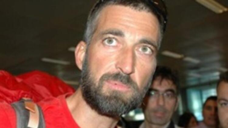 Ölümden kurtulan Türk dağcı Tunç Fındık yurda döndü