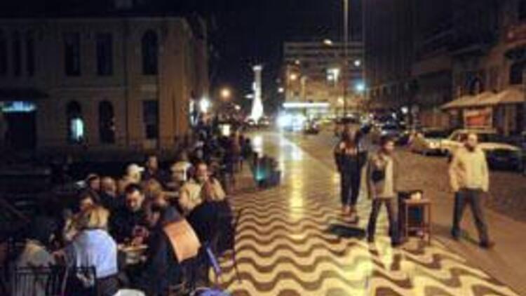 İzmir'de depreme 2 kurban