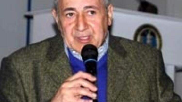Prof. Dr. Orhan Kural'a sigara dayağı