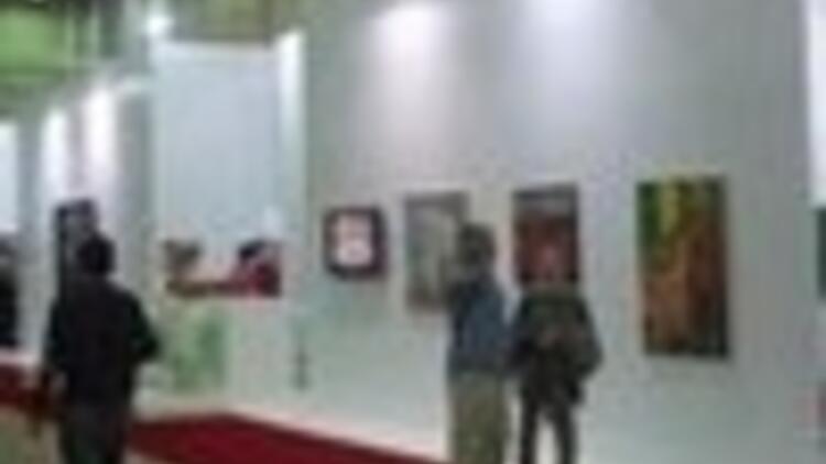 Artists converge in Istanbul art fair