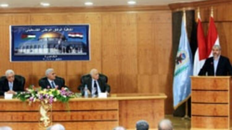 Filistinli düşman kardeşler Mısır'da barıştı