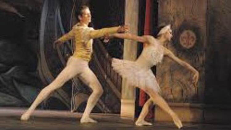 Devlet Tiyatroları ile Devlet Opera ve Balesi tarihe karışıyor