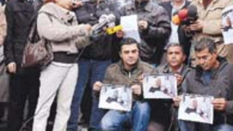 Toplu kampanyalara katılmak gazeteciyi bozar mı