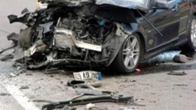 Ericssonun üst düzey 3 yöneticisi kazada öldü