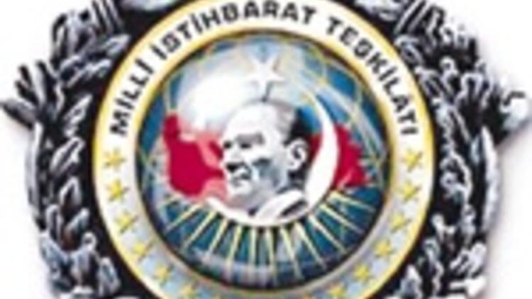 'Telekulak izni' 3 bürokrat yaktı