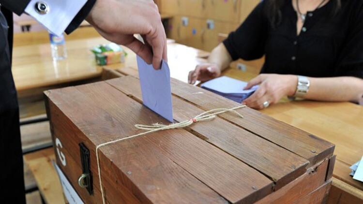 56.6 milyon seçmene 74 milyon oy pusulası