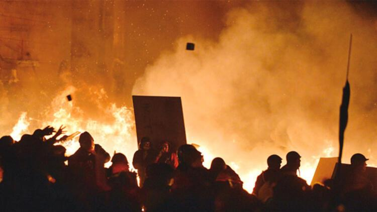 Ukrayna'da ekonomi alev alev