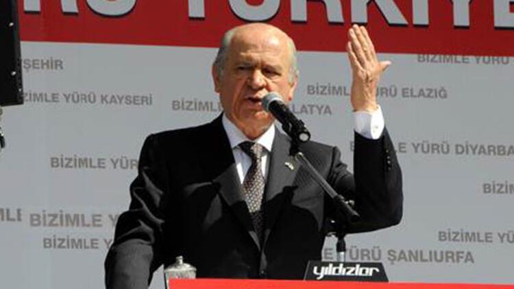 Bahçeli'den Cumhurbaşkanı Erdoğan'a Kürtçe Kur'an tepkisi: Bu nasıl bir edepsizliktir?