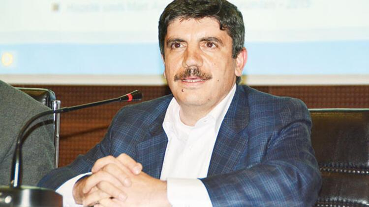 Yasin Aktay: MİT TIR'ları ÖSO'ya gidiyordu