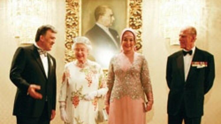 İngiltere Kraliçesi ve Prens William'ın eşine Türk çantası götürüyor