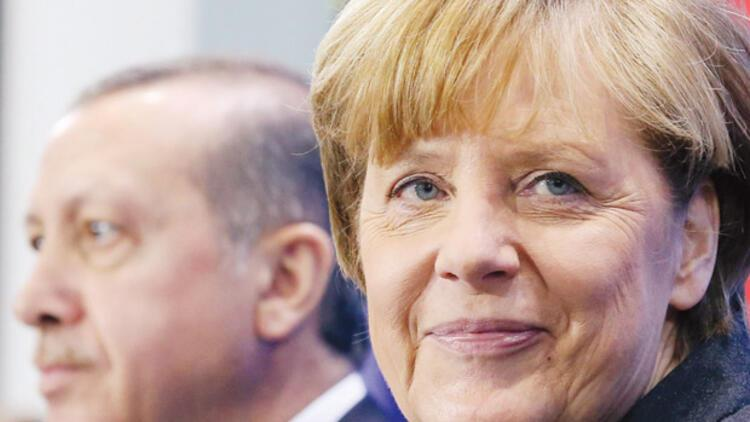 Merkel'den Erdoğan'a: Cumhurbaşkanı adayı olacak mısınız