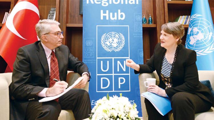 BM: Türkiye'deki mültecilerin sayısı yıl sonuna dek 2.5 milyonu bulabilir