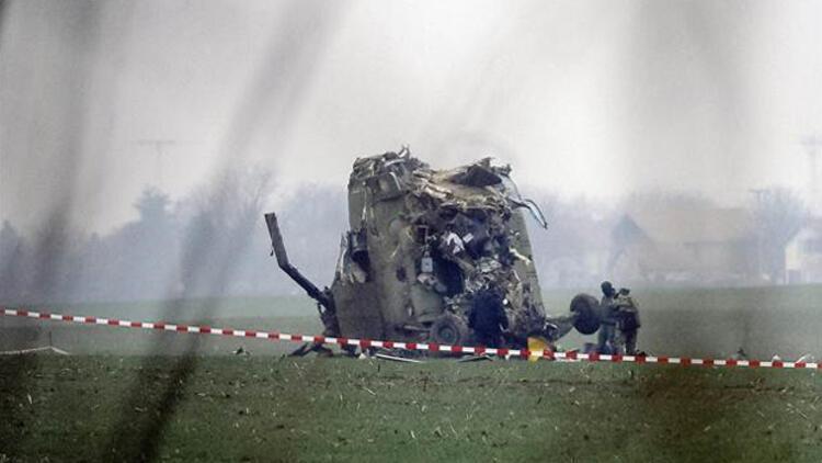 Sırbistan'da hasta bir bebeği taşıyan helikopter düştü: 7 kişi öldü
