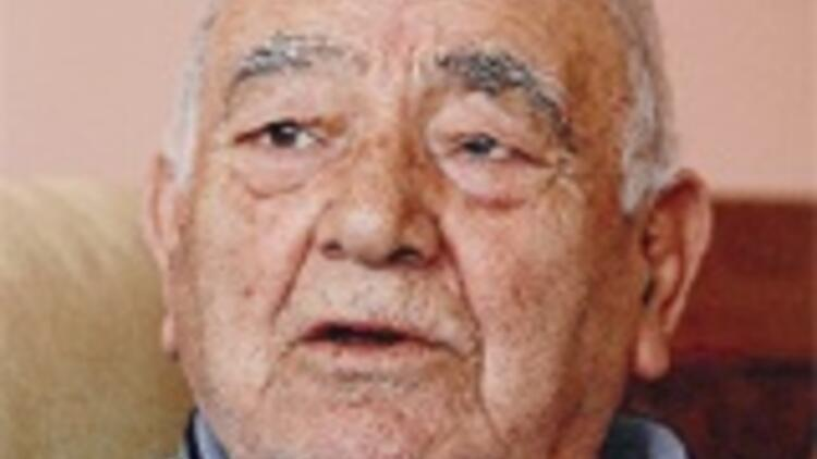 TBMM Onur Ödülü Prof. Karpat'a