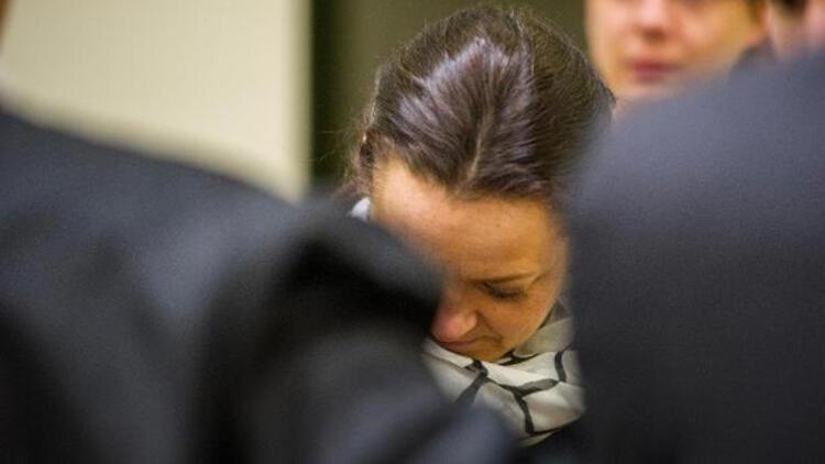 NSU üyelerini desteklemekle suçlanan bir kadın dinledi