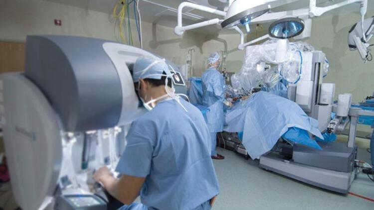 Türk cerrah ABD'ye öğrenci eğitmeye gidiyor