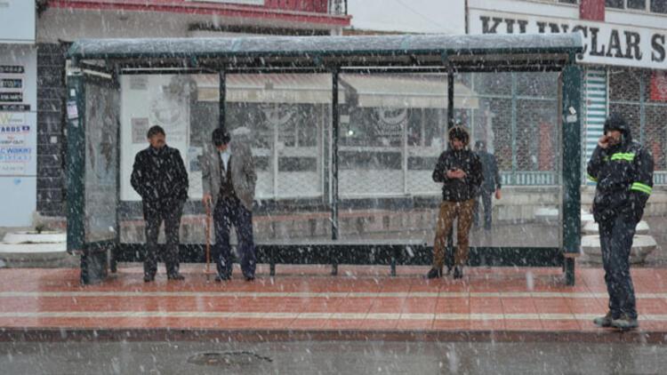 Meteoroloji'den birçok bölge için kar, yağmur, fırtına ve don uyarısı