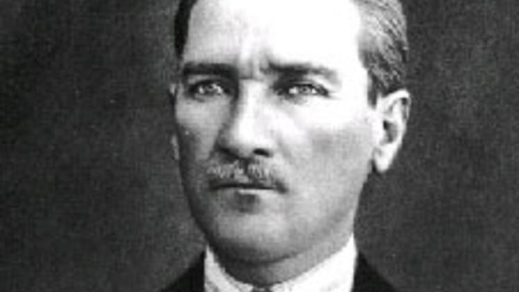 Youtube'ta Atatürk'e ve Türklere küstahlık