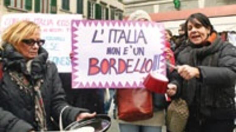 Haremini de al git Berlusconi