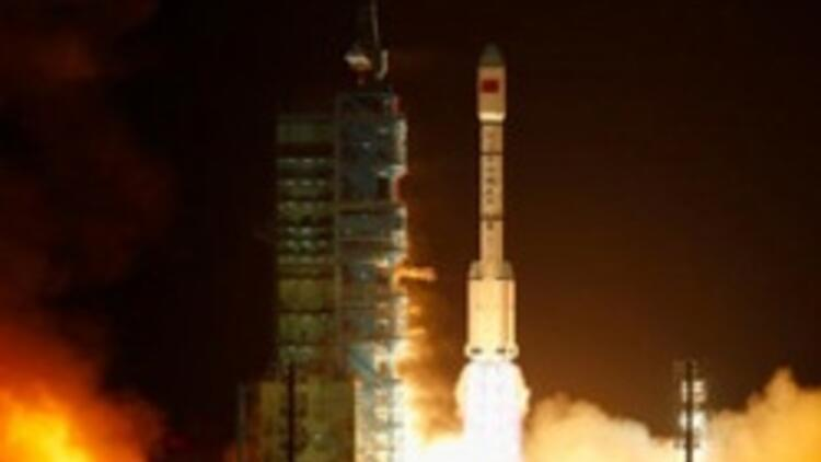 Çin'den uzaya yeni insanlı uçuş