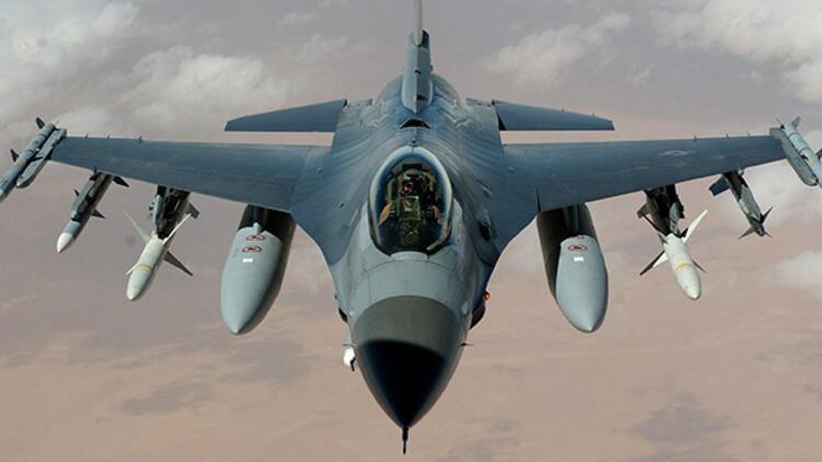 Savaş uçakları Suriye sınırına doğru havalandı
