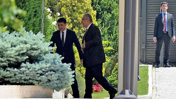Ankara'da sürpriz buluşma, Erdoğan-Baykal görüşmesi