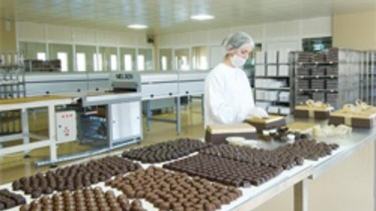 Çikolata fabrikasını internetle kurtardı
