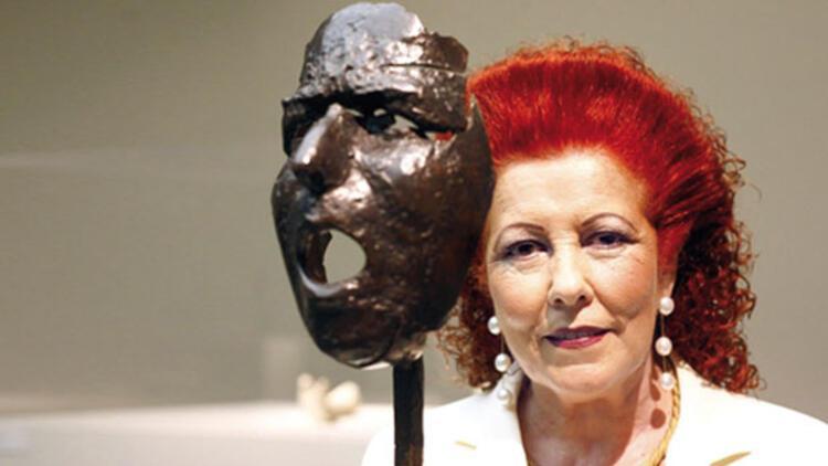 'Yetenekli' küratör Bayan Consuelo Ciscar