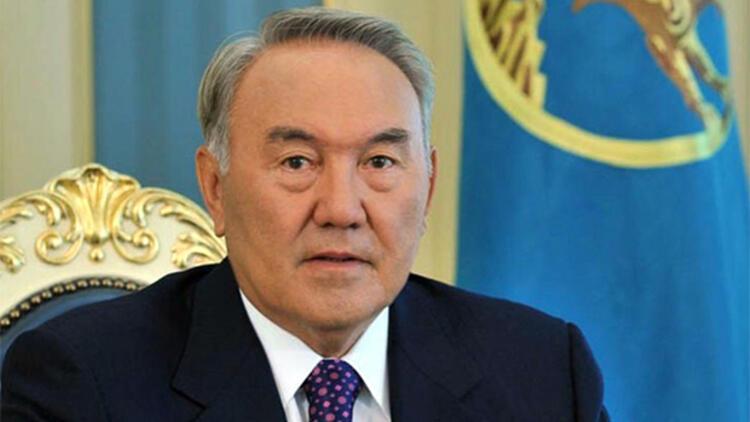Nazarbayev, Bodrum'da tatilde