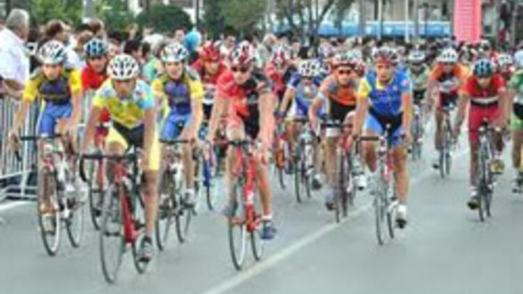 Muhsin Yazıcıoğlu yarışında birinci Zubenko