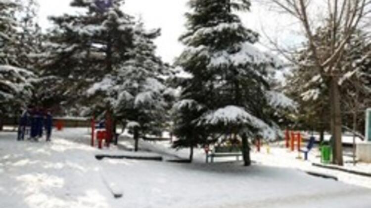 Ankaraya beyaz örtü, 4 il için kuvvetli yağış uyarısı