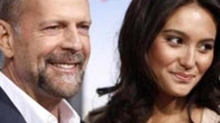 Bruce Willis evlendi