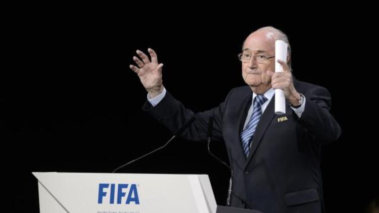 FIFA Başkanı Sepp Blatter istifa etti