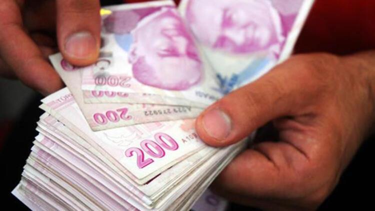 Türk ekonomisi iki basamak düştü