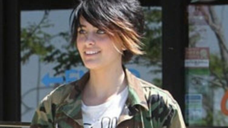 Michael Jackson'ın kızı intihara kalkıştı