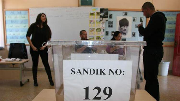 KKTC'de yeni cumhurbaşkanı Mustafa Akıncı oldu