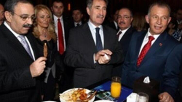 Ankara'da partiler üstü İzmir zirvesi